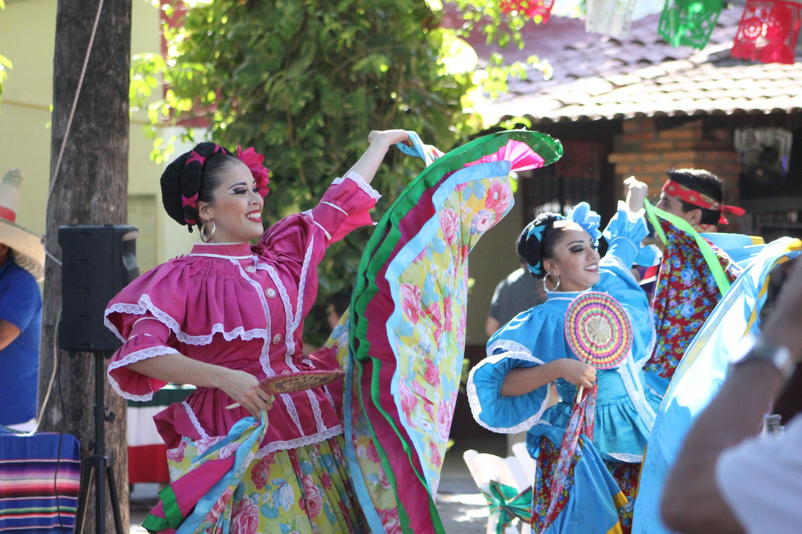 Mexican show in Hacienda Doña Engracia